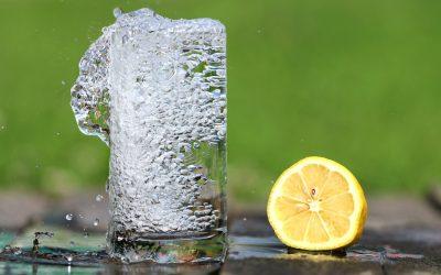Tévhitek a bubis vízről. 3 dolog, amit másképp tudnak a fogyasztók.